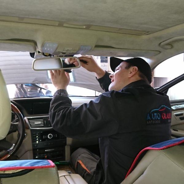 Замена автостекла в Киеве